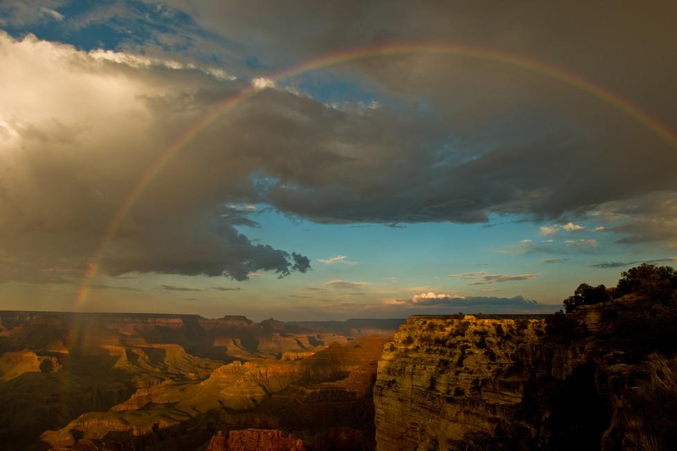 Rainbow over Grand Canyon, Arizona, USA.