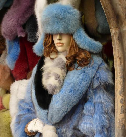 Furs, Prague