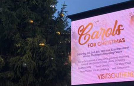 Big Screen Advert - Christmas Lights Switch On