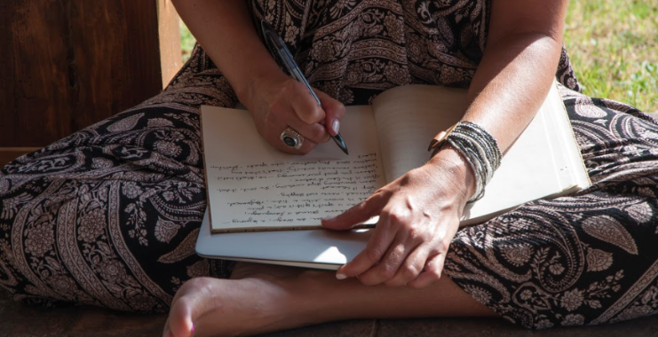 Regina writing