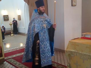 Богослужения в канун Недели о мытаре и фарисее.
