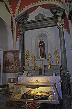 220px-Saint_Théophile_gisant_église
