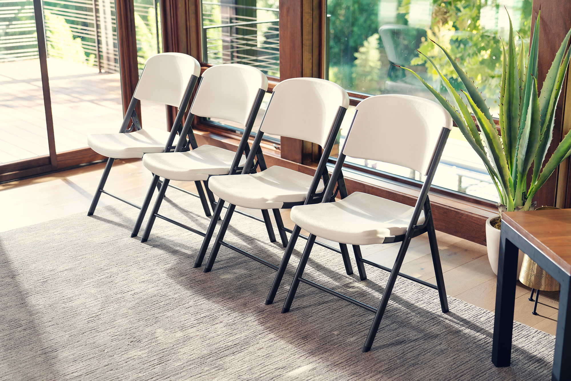 Folding Chairs Product Photo