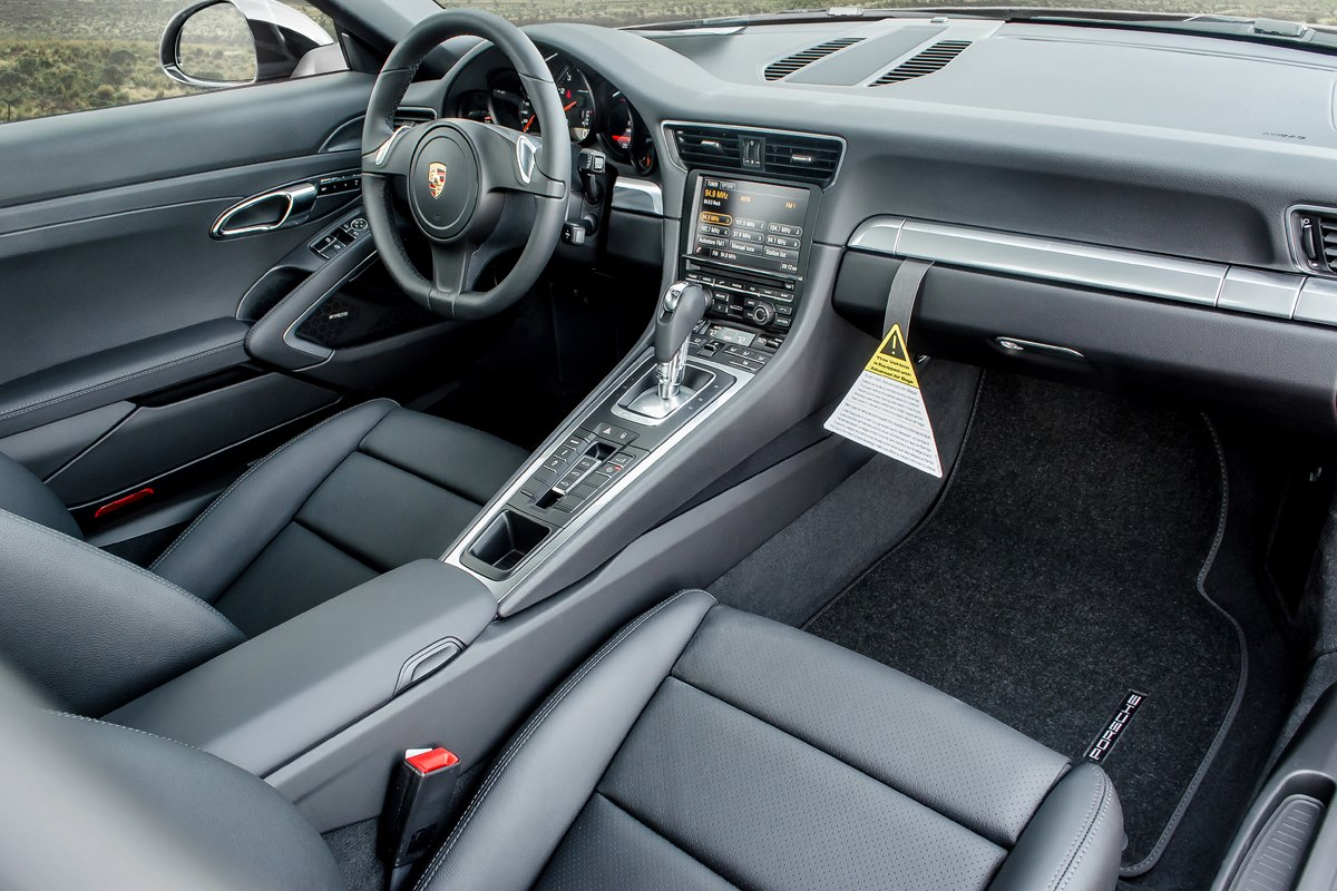 Porsche Interior Photography 3/4