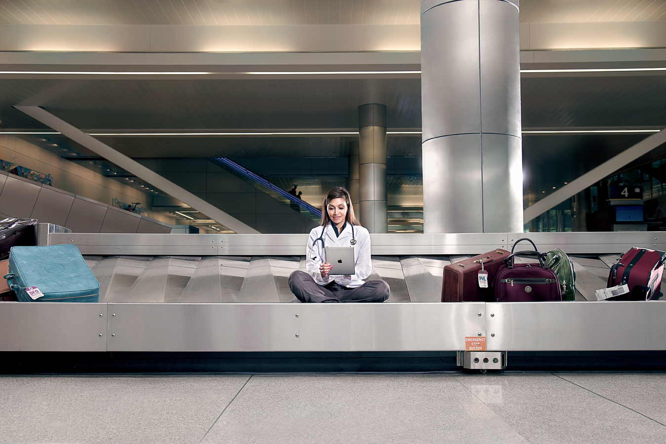 AxiomCHN+baggage3368Web
