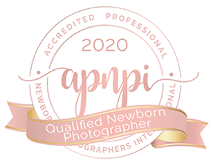 2020 Qualified newborn photographer apnpi