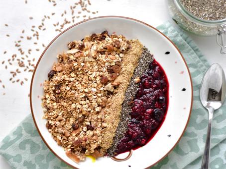 Zomerfruit Granola 'Crumble' met lijnzaad & chiazaad   Breakfast