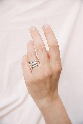 Minimal stacking ring