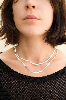 Thin herringbone chain