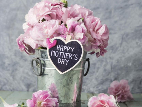 Honor & Celebrate your Mom!