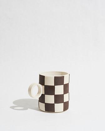totem mug — checker