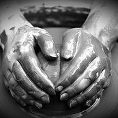 potter-making-the-pot-X56C8ZE_edited.jpg