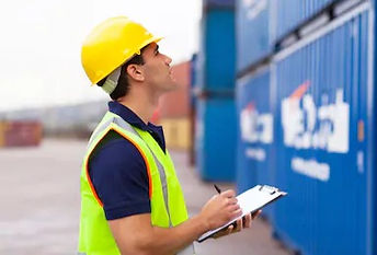 warehouse-worker-recording-containers-sh
