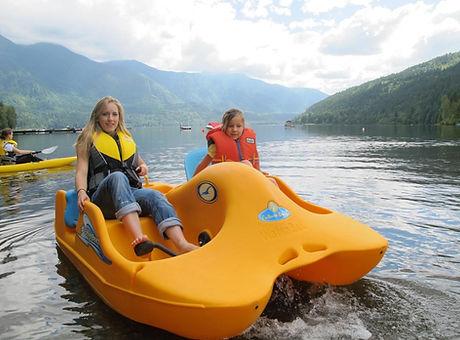 waterbee_pedal_boat.jpg