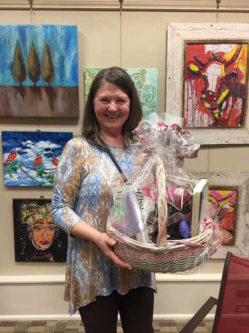 Our gift basket winner, Lynda Sheridan!