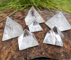 🤍✨ Clear Quartz Pyramid's ✨🤍 We have t