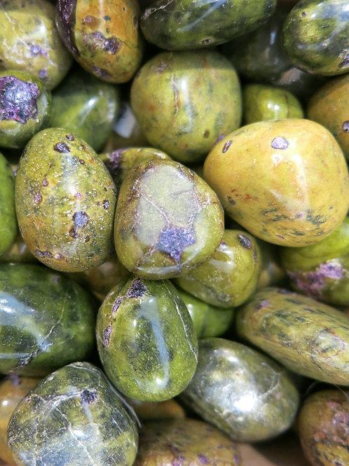 Serpentine & Stichtite Tumble Stone