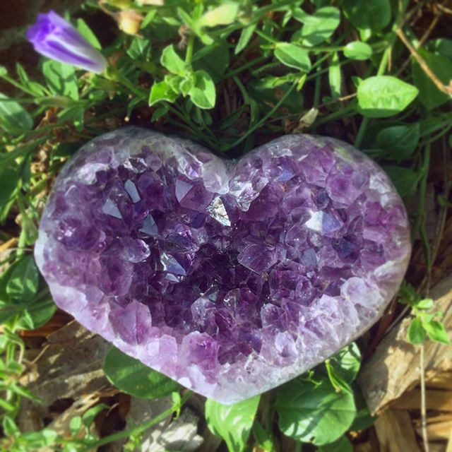 ✨💜 Crystal Amethyst Heart 💜✨ We have 3