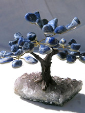 Sodalite gem tree - small.jpg