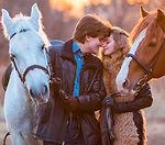 Романтические прогулки на лошадях в СПб