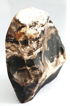 Opale noire pierre de madagascar
