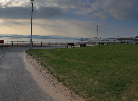 Another night, anothervenue for Mozarting. Exmouth tonight and it's stunning