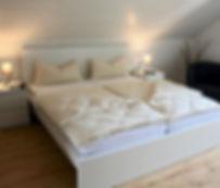 Ferienwohnung Land in Sicht in Mengen zw Bodensee und Donautal Schlafzimmer1