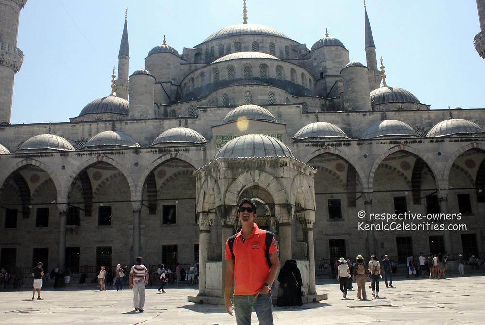 Sultan Ahmed mosque aka Blue mosque aka Hagia Sophia