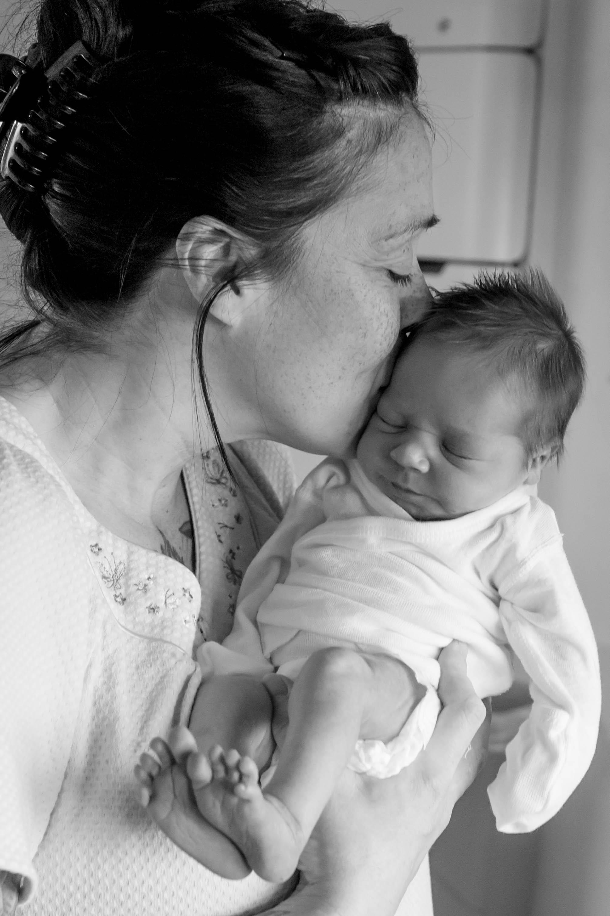 newborn photo hospital pro