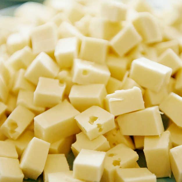 Mere ost til danskerne