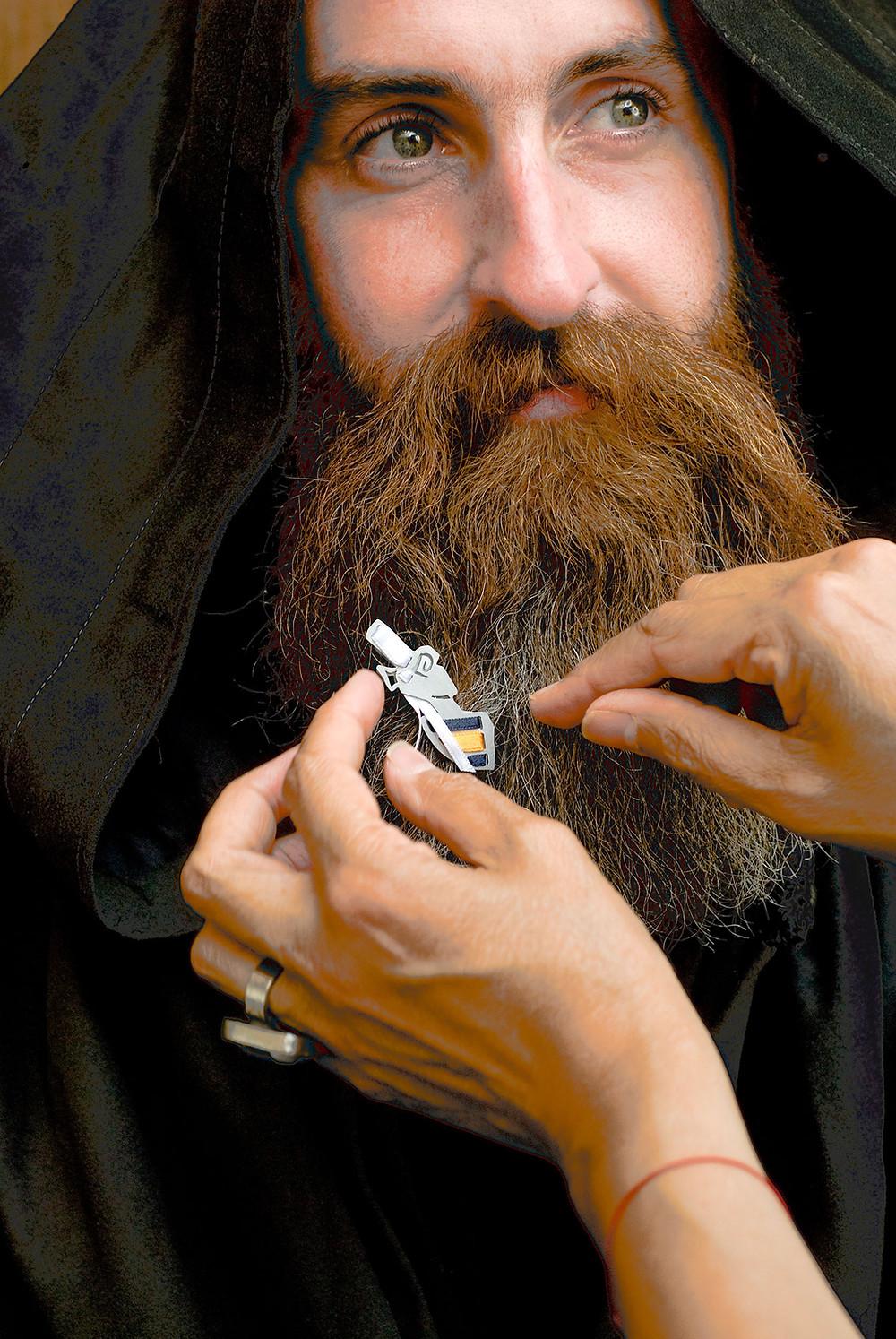 broche pour barbe à bijou
