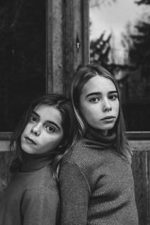 MODEL: MARIE & ANNA MUA: CHARLOTTE BLOMMAERT CONCEPT&PHOTO: MAYLI STERKENDRIES