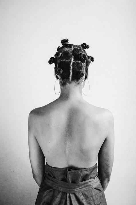 MODEL: LISA MUA: CHARLOTTE BLOMMAERT STYLIST: SOFIE VANDENBERGH PHOTO: MAYLI STERKENDRIES