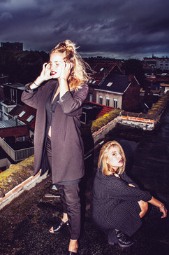 MODEL: ISOLDE&JOANA CONCEPT&PHOTO: MAYLI STERKENDRIES