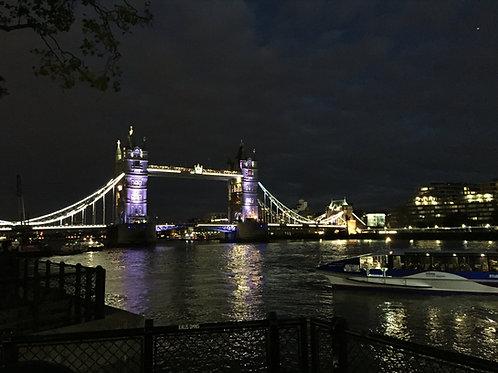 LONDRES A NOITE - CITY TOUR