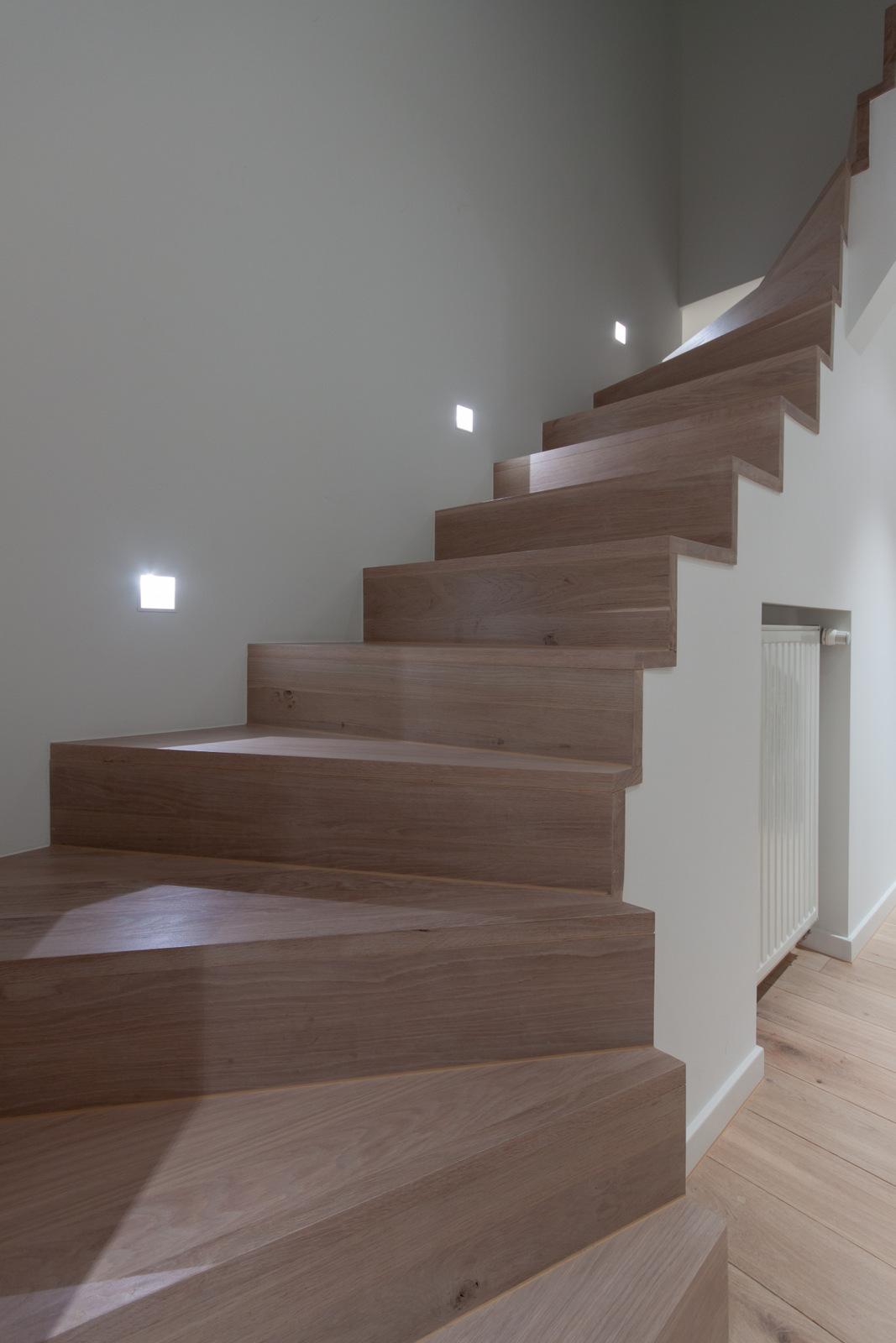 Réalisation d'un escalier en chêne