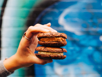5-minutes with Simone Clark from Butterbing Cookie Sandwiches