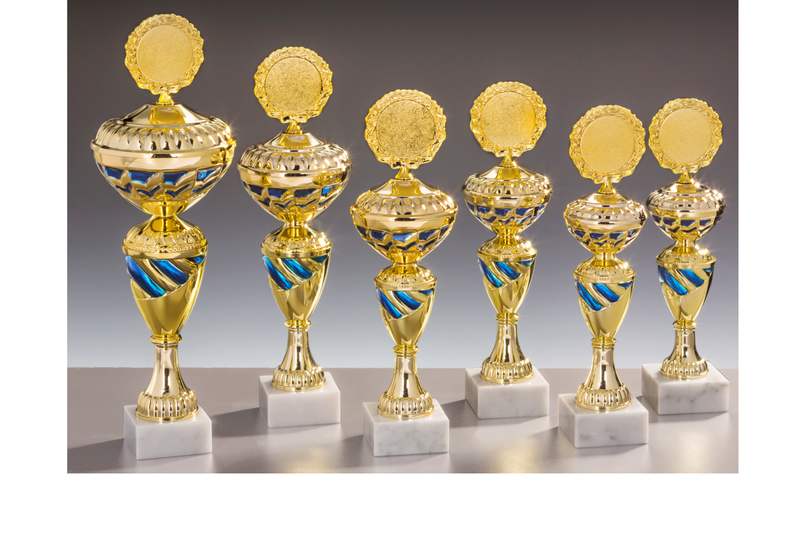 Pokalserie gold blau