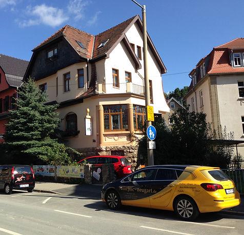 Außenansicht des Firmengebäudes der JSSC Negart GmbH