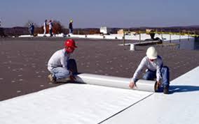 installing pvc roofing.jpg