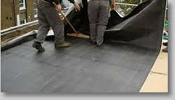 installing epdm seamless roofing.jpg