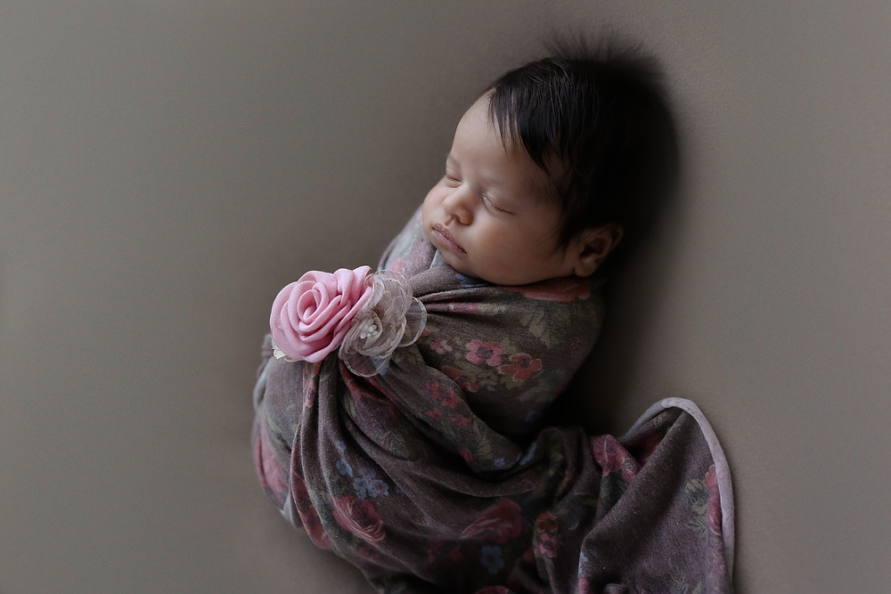 Newborn photographer in Cypress  TX