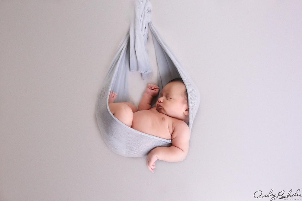 newborn photographer in Cypress, TX
