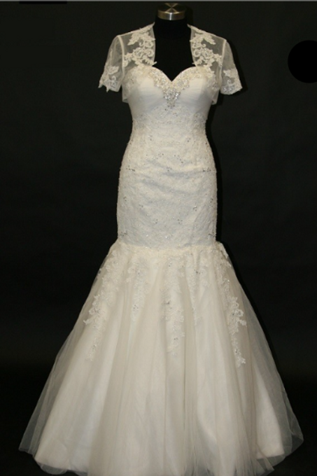 Style # SAV-0105-3 Ivory-Size 12 In Store (Alter to fit 8-14)