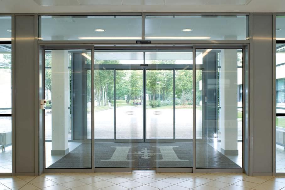 indoor-doors-sliding-commercial-buildings-automatic-52963-3951347