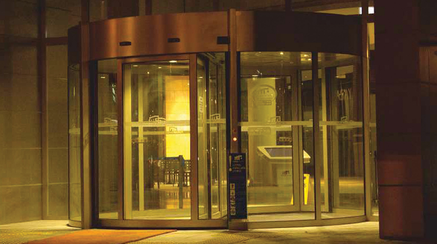 Tucker-Auto-Mation_Revolving_Doors_01