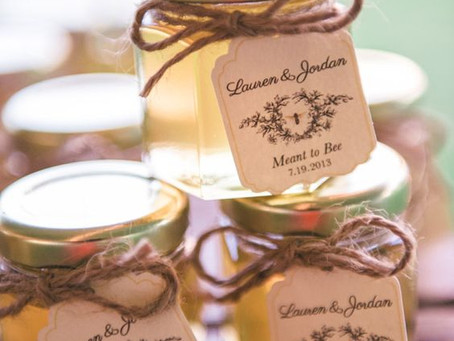 12 Creative Wedding Favors to Make Your Wedding Stand Out