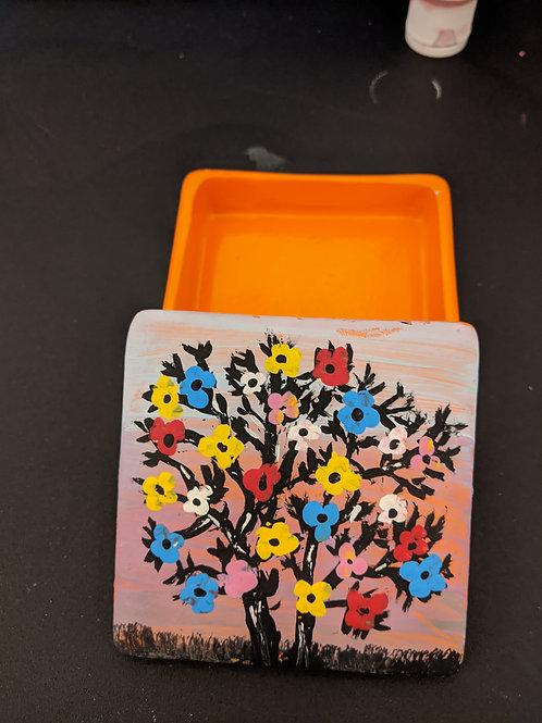 square ceramic box w/ flowers