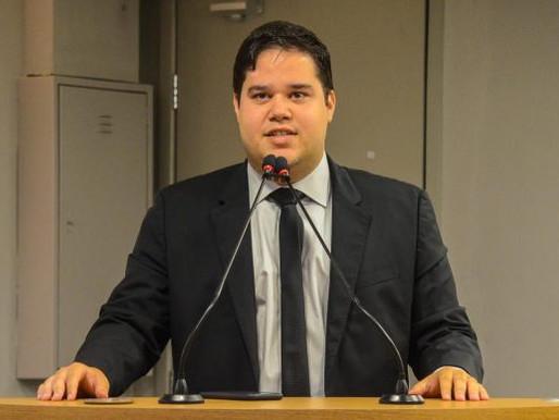 Deputado quer multa de R$ 10 mil para quem furar fila da vacina para Covid-19 na PB