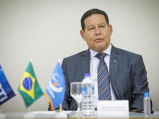"""Vice-presidente Hamilton Mourão diz que está """"tudo pronto"""" para retomada do Fundo Amazônia"""